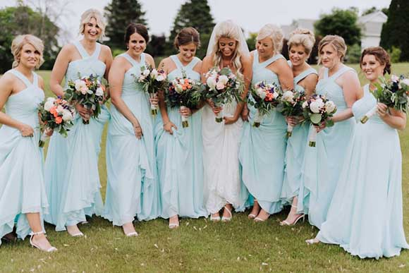 How to Select Green Bridesmaid Dresses? | 7 Tips For a Green Wedding