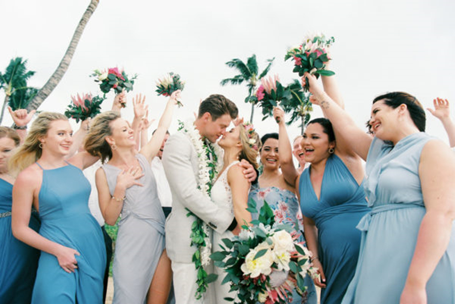 81c6303dff8 How to Organize A Perfect Bridesmaid Group
