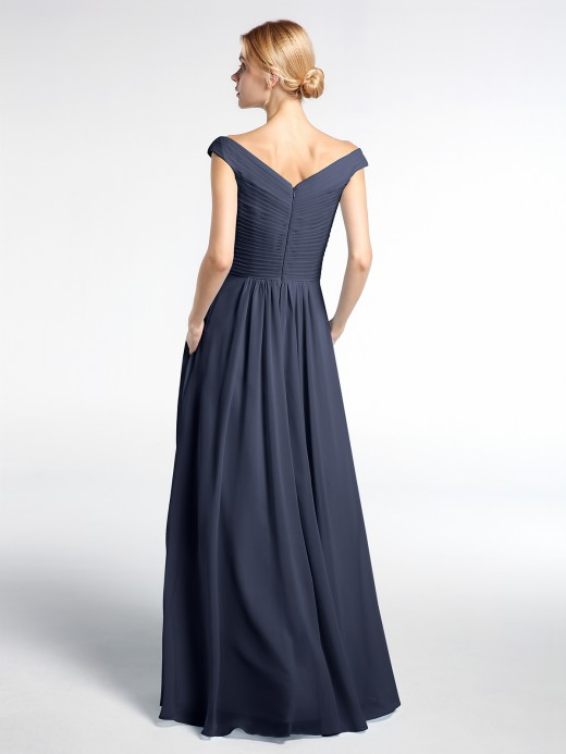 Babaroni Gladys Off shoulder V-neck Maxi Dress with Pockets