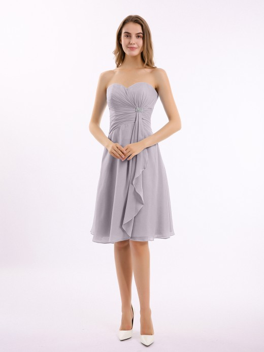 Babaroni Indie Knee Length Chiffon Dress with Sweetheart Neck