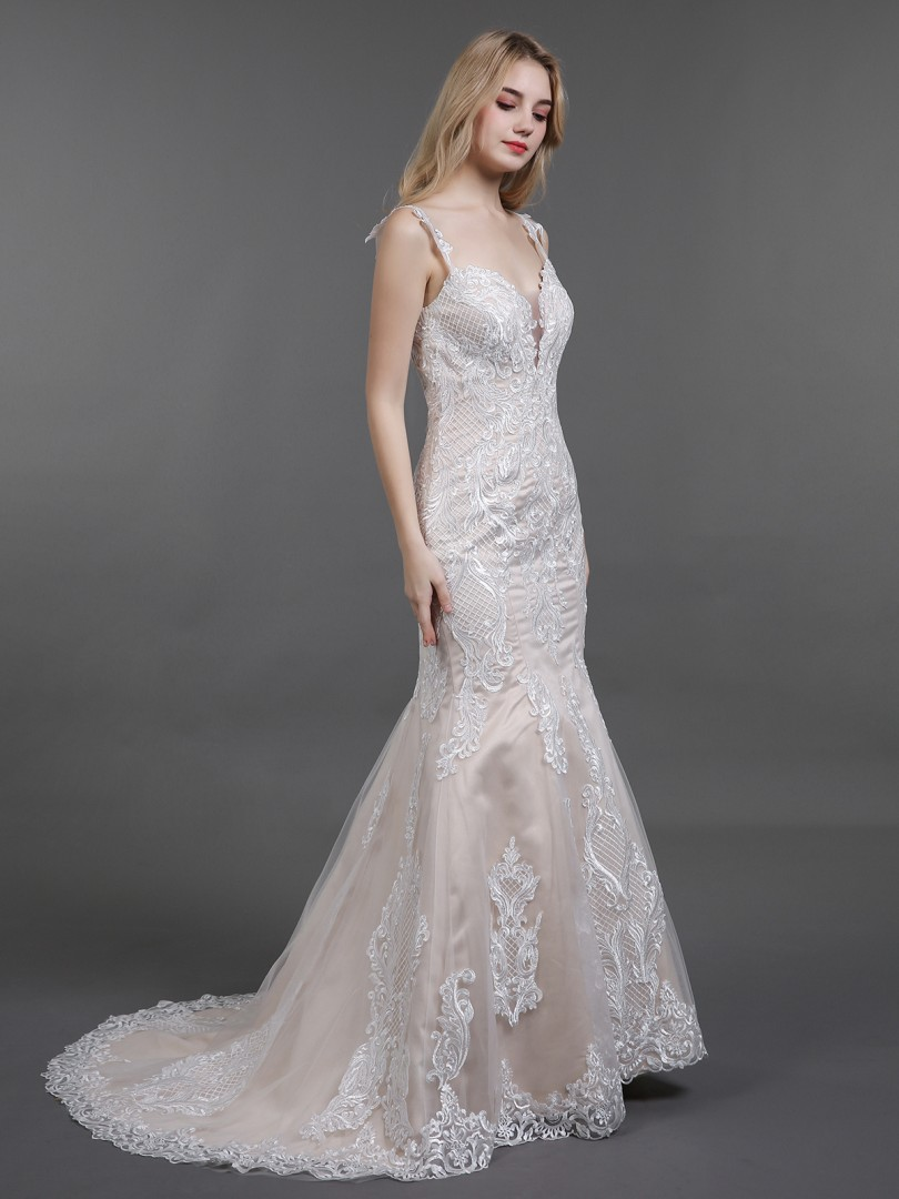 Sheath/Column Tulle Champagne Zipper Appliqued Sweep/Brush Train V-neck Spaghetti Straps Wedding Dresses
